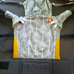 Standard Tula Archer Baby Carrier, like new cond